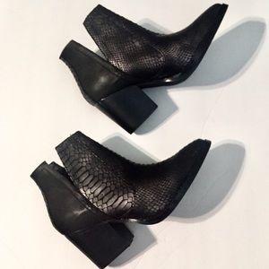 Black Vegan Snakeskin Look Short Boots Size 8